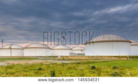 Big Oil Tank Terminal