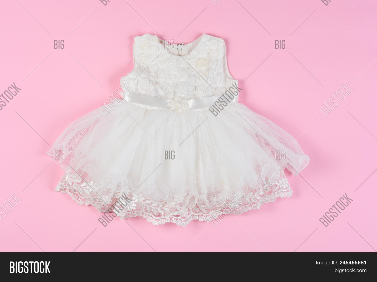 d6e538324555 White Baby Dress On Image   Photo (Free Trial)