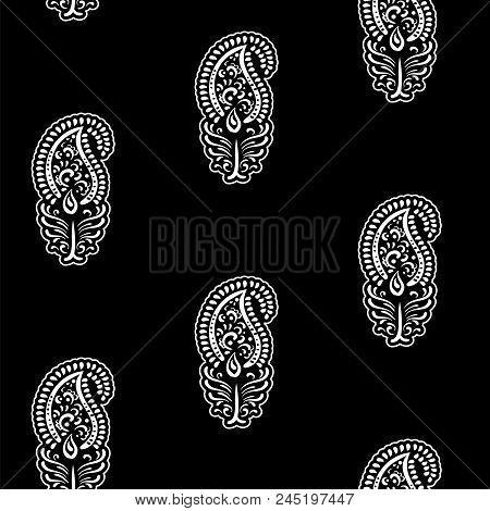 Paisley - Seamless Ethnic Pattern. Floral Oriental Ethnic Background. Arabic And Indian Tribal Ornam