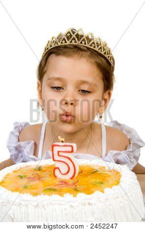Cake van de verjaardag vieren van vijf jaar