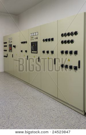 Industrial Electrical Energy Distribution