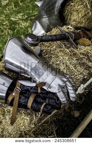 Medieval Armor Glove