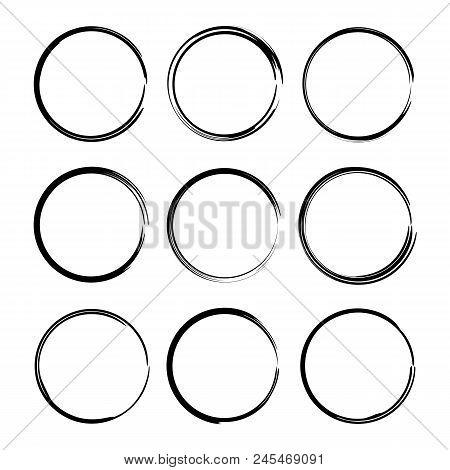 Set Of Black Round Grunge Frames. Oval Empty  Borders. Element For Graphic Design. Vector Illustrati