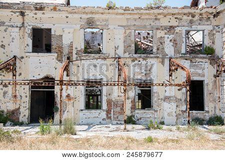 Derelict Buildings - Kupari- Image 1