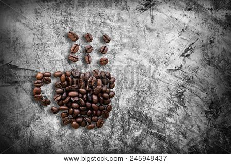 Roasted Coffee Beans Arranged In The Shape Of Coffee Cups And Smoke On The Bare Cement Wallpaper, Ba