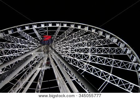 Brisbane, Queensland, Australia - 27th November 2019 : View Of The Wheel Of Brisbane (also Known As