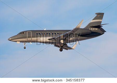 Frankfurt / Germany - December 8, 2012: Dassault Falcon 2000 Lx-evm Business Jet Landing At Frankfur