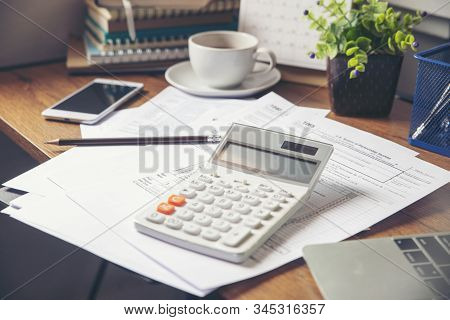 Individual Income Tax Form And Calendar 2020 For Who Have Income According To United States Law.this