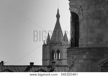 Cathedral Of Leon, Spain, Popularly Known As Pulchra Leonina