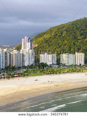 Aerial View Of A Beachfront City. Brazilian Paulista Coast, Praia Do Itarare Beach - Sao Vicente Sp