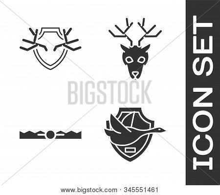 Set Flying Duck On Shield, Deer Antlers On Shield, Trap Hunting And Deer Head With Antlers Icon. Vec