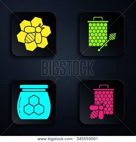 Set Bee And Honeycomb, Bee And Honeycomb, Jar Of Honey And Honeycomb With Honey Dipper Stickicon. Bl