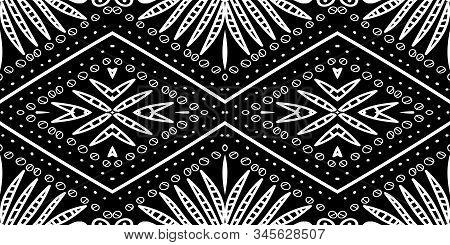 White American Textile Modern Vector Seamless Pattern. Art Bohemian Pattern. Smoke Aztec Mexican Pri