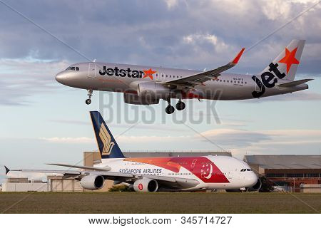 Melbourne, Australia - June 23, 2015: Jetstar Airways Airbus A320 About To Land At Melbourne Airport