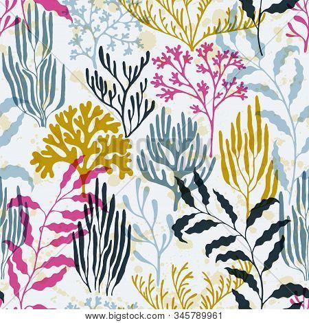 Coral Reef Seamless Pattern. Kelp Laminaria Seaweed Algae Background. Sea Reef Nature Pattern. Abstr