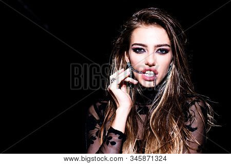 Beauty Woman. Portrait Of Model With Beauty Make Up On Gorgeous Face. Beauty Girl With Healthy Skin.