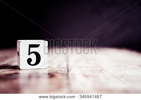 Number 5 Isolated On Dark Background- 3d Number Five Isolated On Vintage Wooden Table