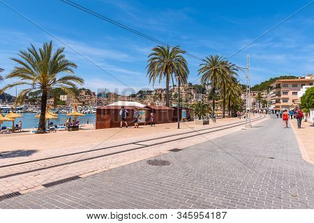 Mallorca, Spain - May 7, 2019: Seafront Promenade At Port De Soller In Mallorca