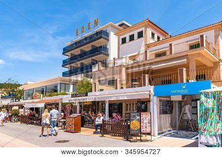 Mallorca, Spain - May 7, 2019: Port De Soller, A Popular Family Resort Of Mallorca. Spain