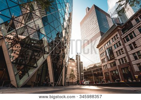 London, Uk - October 18, 2019: Urban Scene In The City At Sunrise, With Iconic 30 St Mary Axe Buildi