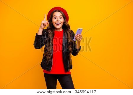 Portrait Of Her She Nice Attractive Trendy Cheerful Cheery Long-haired Girl Wearing Streetstyle Usin