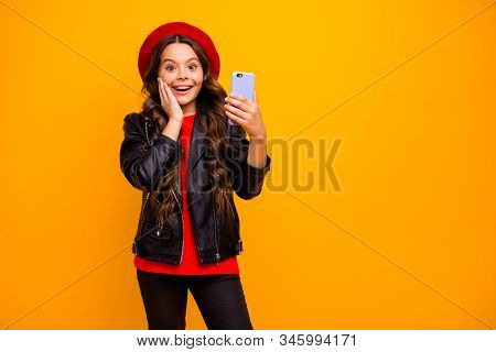 Portrait Of Her She Nice Attractive Delighted Cheerful Excited Long-haired Girl Wearing Streetstyle