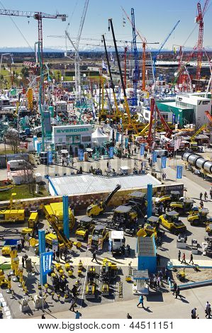 trade fair for building machines