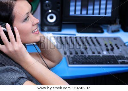 Live Listening