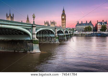 Big Ben, Queen Elizabeth Tower And Wesminster Bridge Illuminated At Dawn, London, United Kingdom