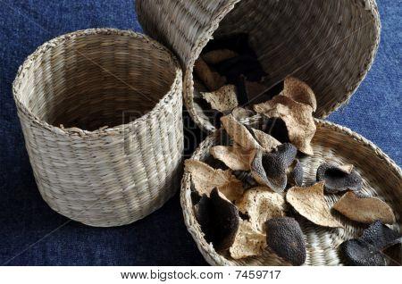 Orange peels in small baskets