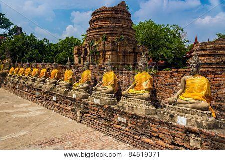Budhha Chedis In Ayutthaya