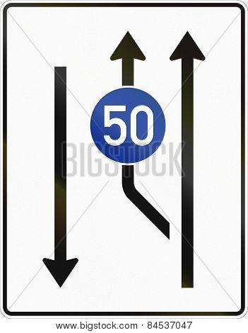 Two Lanes With Minimum Speed Beginning - Oncoming Traffic