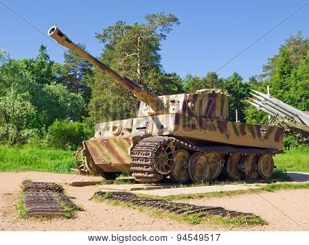 Heavy Tank T-VI (H1)