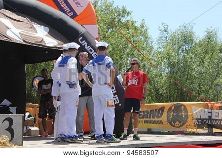 Team Of A Running Competition dress as sailors