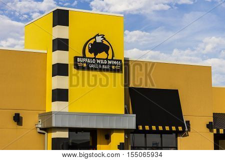 Indianapolis - Circa November 2016: Buffalo Wild Wings Grill And Bar Restaurant. You Can Find Live S