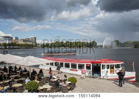 Hamburg City Boat Cruising on alster River with Fountain