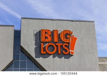 Indianapolis - Circa November 2016: Big Lots Retail Discount Location. Big Lots is a Discount Chain Selling Food Furniture and Housewares III