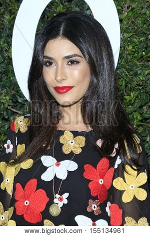 LOS ANGELES - NOV 2:  Sazan Hendrix at the Who What Wear 10th Anniversary #WWW10 Experience at Private Location on November 2, 2016 in Los Angeles, CA