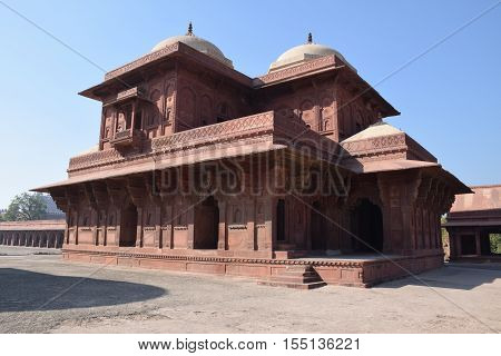 Old building inside Fatehpur Sikri archaeological site, Uttar Pradesh, India