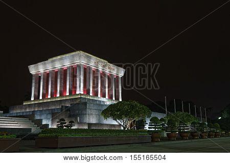 Hanoi, Vietnam, Octobre 31, 2016 : Mausoleum Of Ho-chi-minh In Hanoi At Night. Hanoi Is The Capital