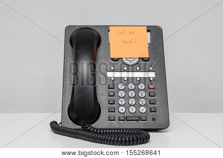 calling back message in sticky note on isolated IP phone