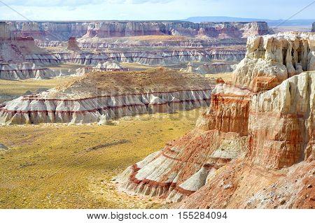 Scenic View Of Stunning White Striped Sandstone Hoodoos In Coal Mine Canyon Near Tuba City, Arizona