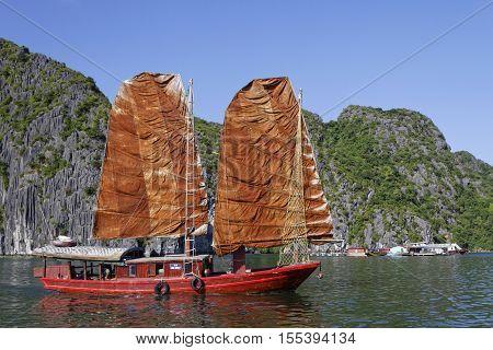 Cat Ba, Vietnam, October 27, 2016 : Traditional Junk Sails In Cat Ba Archipelago, The Southeastern E
