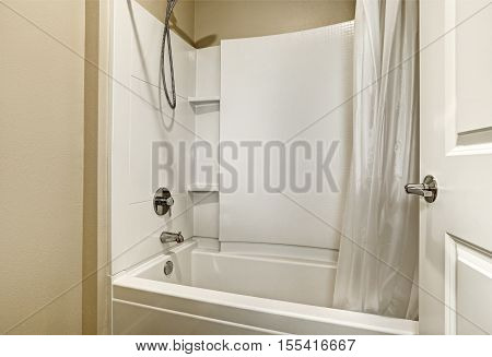White Tub And Shower Combination Design