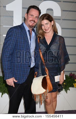 LOS ANGELES - NOV 5:  Kevin Dillon, Shannon Lewis at the 33rd Breeder's Cup World Championship at the Santa Anita Park on November 5, 2016 in Arcadia, CA