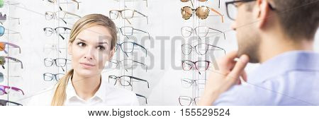 Female Optician Seller