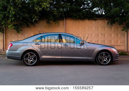 MYTISHCHI DISTRICT IN MOSCOW OBLAST RUSSIA - 12 JUNE 2015: Used Mercedes-Benz S-Class S350 long (W221) car stand on a street