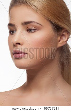 Beauitful Woman With Perfect Skin And Natural Make Up