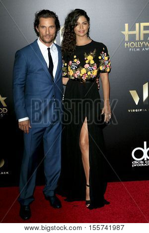 LOS ANGELES - NOV 6:  Matthew McConaughey, Camila Alves at the 20th Annual Hollywood Film Awards  at Beverly Hilton Hotel on November 6, 2016 in Beverly Hills, CA