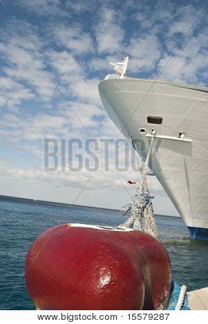 Cruiseship at peer